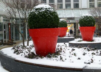 Moderne Gartenakzente