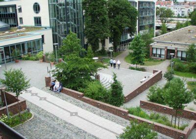 Gestaltung der Außenanlage vom Krankenhaus St. Elisabeth