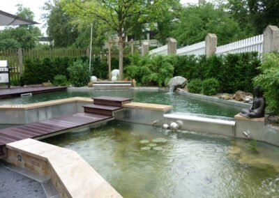Privater Garten mit Teichanlagen